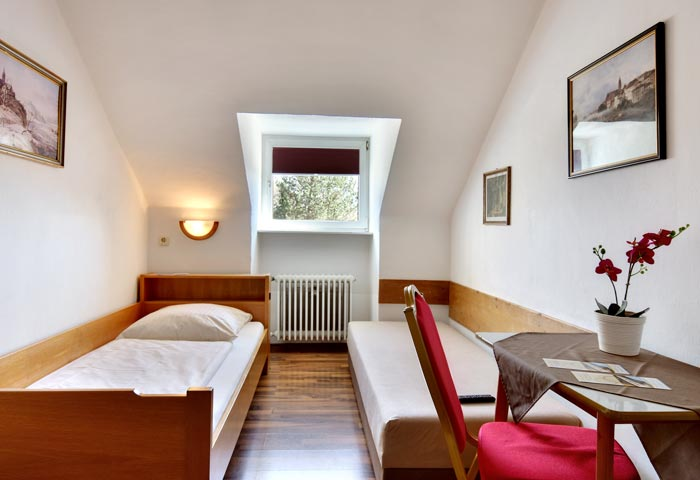 Hotel Olympia Munich - single room economy